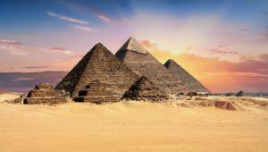 pyramids-2159286_1920 (1)