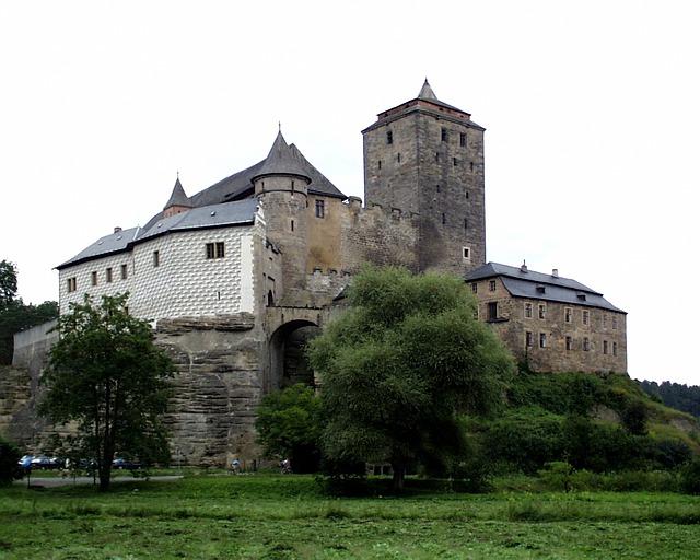 castle-278309_640