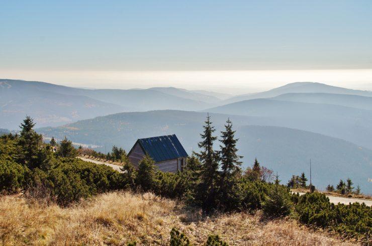 the-giant-mountains-1020604_1280