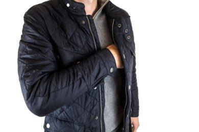jacket-2821961_1280